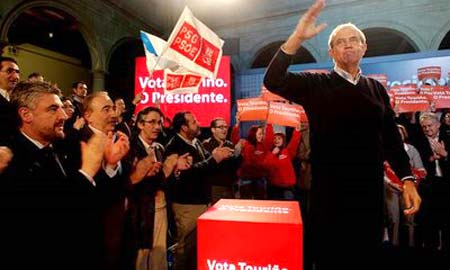 Touriño, en el acto de apertura de campaña en Vigo.