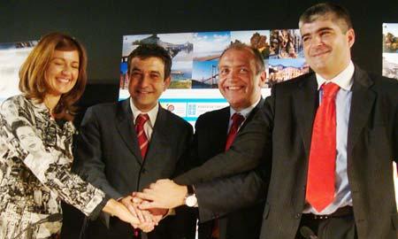 Firma del convenio entre las cuatro entidades.
