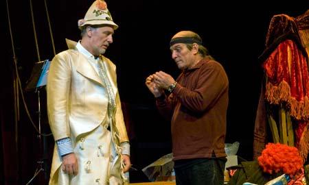Joaquín Kremel y Pepe Sancho protagonizan 'Calcetines Opus 124'.