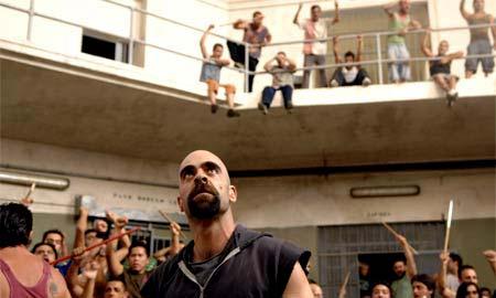 Un fotograma de la película 'Celda 211'.