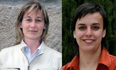 La nueva alcaldesa de Silleda, Ofelia Rey (izq.), y la ex regidora socialista Paula Fernádez.