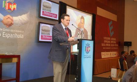 El gerente de la Cámara de Comercio de Vigo durante los encuentros.