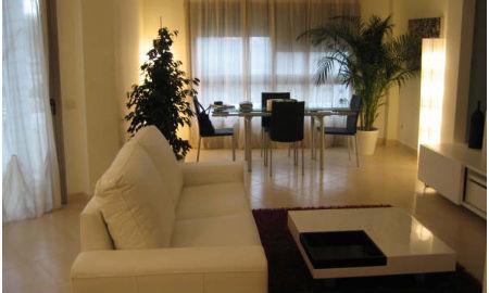 Los promotores inmobiliarios critican que los bancos vendan los pisos que embargan vigo al minuto - Pisos de bancos y cajas ...