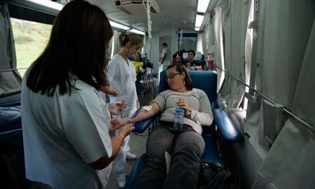 Los donantes de sangre se llevarán una camiseta de San Teleco gratis.