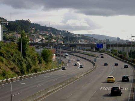 A Xunta pediralle ao Goberno o traspaso da autopista e explicacións sobre a inconstitucionalidade da Lei de Caixas