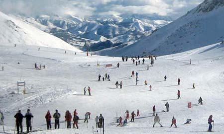 ¿Te apetece un fin de semana de nieve en San Isidro?