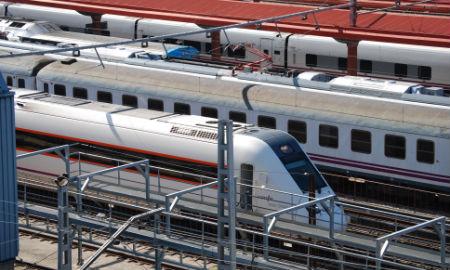 Suspenden el tráfico ferroviario en Galicia ante el viento