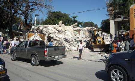 España dará 346 millones para reconstruir Haití
