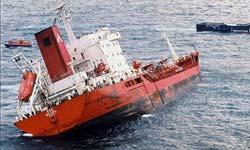 Los tripulantes del 'Kea', que acabó hundiéndose, ya están en tierra firme