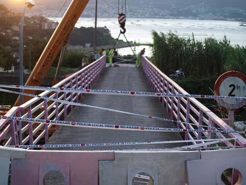 La pasarela que provocó el monumental atasco