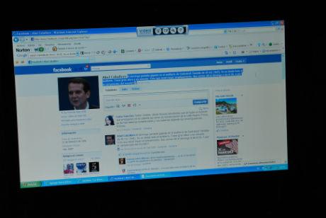 Caballero adelanta en Facebook que se lleva la pantalla gigante al Auditorio de Castrelos