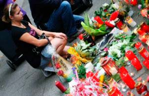 Multitudinario adiós a las víctimas del 'Love Parade'