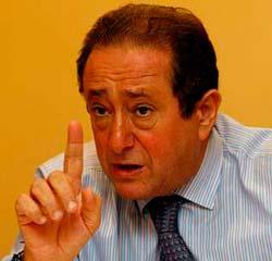 El ex alcalde Carlos Príncipe, uno de los impulsores.