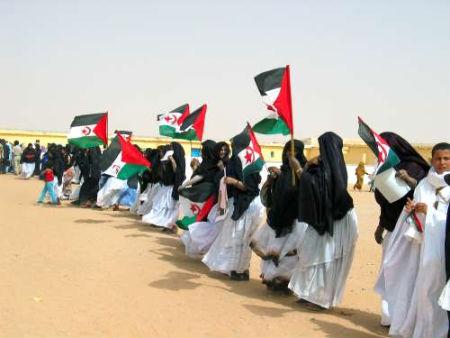 Ocho activistas retenidos por la policía marroquí cuando intentaban entrar en El Aaiún
