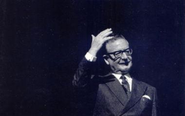 De momento no se exhumará el cadáver del presidente Allende para aclarar cómo murió