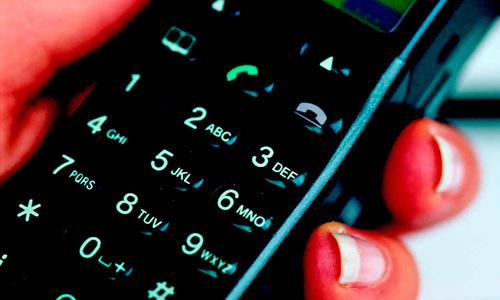 A Xunta aforrará 1,7 millóns de euros en teléfono
