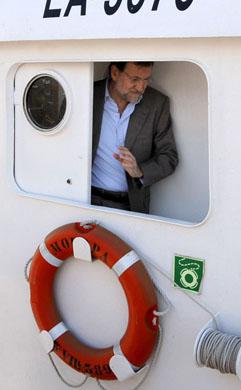 Rajoy en el atunero 'Moropa' el día 19 de mayo de 2009
