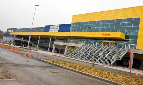Explosiones en cadena en varios centros europeos de Ikea