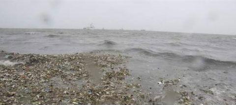 16 muertos y 8 pescadores desaparecidos por el tifón de Filipinas