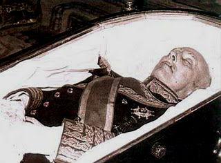 La comisión sobre el Valle de los Caídos: que Franco se vaya con sus huesos a otra parte