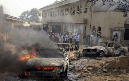 Son ya 43 los muertos en un ataque terrorista a una iglesia cristiana en Nigeria