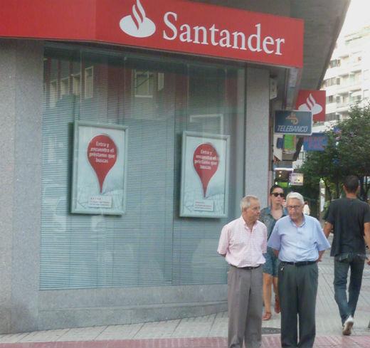 el banco santander gana un 35 menos pero se embolsa