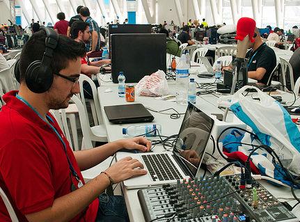 La crisis se traga el Campus Party de Valencia
