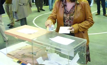 Un 20% menos de dinero para los partidos en estas elecciones gallegas