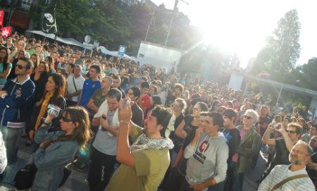 #29S, más de un millar de personas se concentran en Vigo a la misma hora que en Neptuno