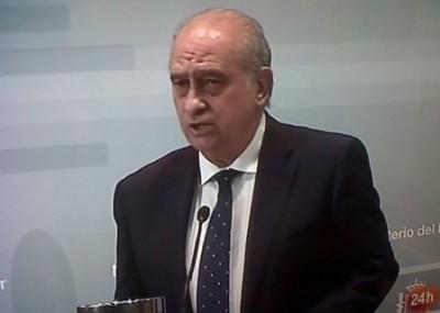 El ministro de interior no se fue de la lengua vigo al for El ministro de interior