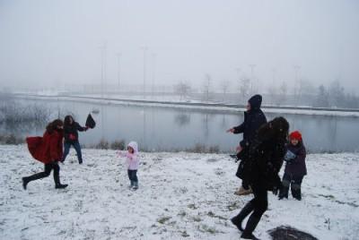 La nieve vuelve a dejar en casa a más de medio centenar de estudiantes de Lugo y Ourense