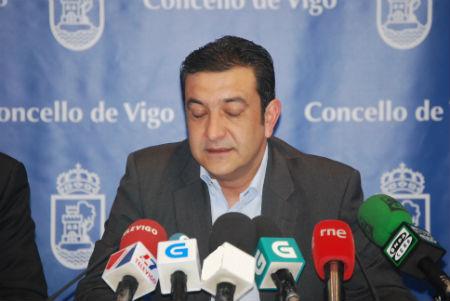 "O BNG indica que ""nunca"" quixo sustituir a Domínguez"