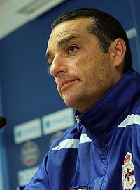 Oltra destituido como entrenador del Depor