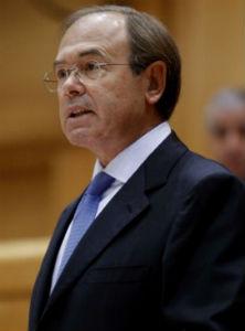 El presidente del Senado admite que uno de los asientos de la contabilidad de Bárcena es verídico