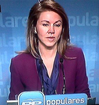 """Cospedal niega """"tajantemente"""" lo publicado por El País que """"busca perjudicar"""" al PP y al Gobierno"""