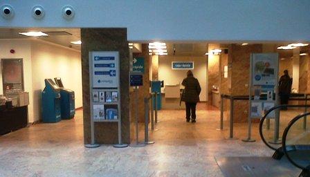 Ngb banco cerrar este a o 131 oficinas 49 de ellas en for Oficinas banco pastor vigo