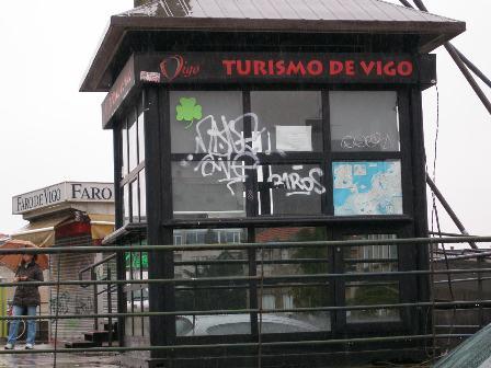 Los populares culpan a caballero del estado de abandono for Oficina turismo vigo