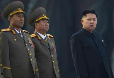 Kim Jong-un advierte que ampliará su arsenal nuclear