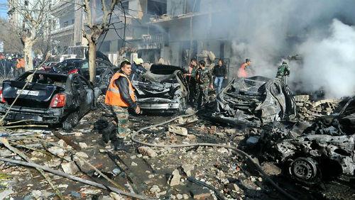 13 muertos y 70 heridos tras explotar un coche bomba en el centro de Damasco