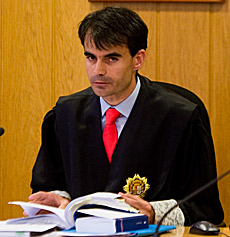 El juez Ruz llama a declarar como imputados a varios empresarios que hicieron supuestas 'donaciones' al PP