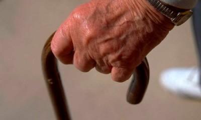 Arrestado un anciano en Vigo por meter palillos en numerosas cerraduras
