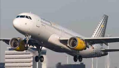 11 horas de retraso por un fallo eléctrico en un Vueling entre Santiago-Barcelona