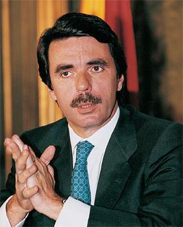 ¿Cuánto mide José María Aznar? Aznar