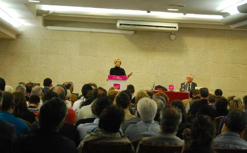 """Rosa Díez, """"los ciudadanos no pasan de la política, pasan de algunas maneras de hacer política"""""""