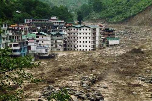 Las inundaciones en la India habrían causado 10.000 muertos