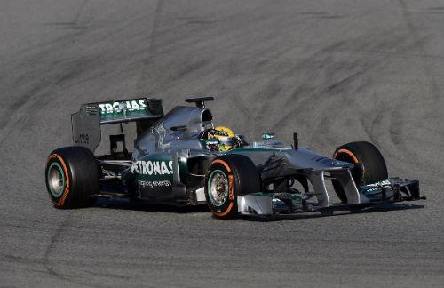Alonso se descuelga de entre los mejores y saldrá décimo en Silverstone