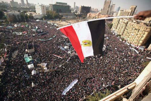Miles de personas toman la Plaza Tahrir, en El Cairo, para pedir la dimisión del presidente Mursi