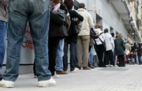 El n mero de parad s inscritos en las oficinas de empleo for Numero de la oficina del inem