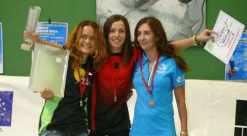 La viguesa María Luisa Barros, medalla de bronce en el Campeonato de España de Espeleología