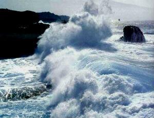 Nueva alerta roja con mareas vivas y oleaje hasta los 10 metros de altura
